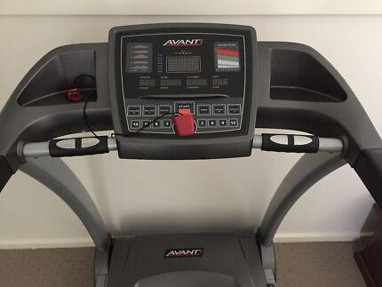 Avanti AT480 Treadmill For Sale