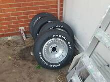 "Set of 4 Globelines 7x14s and 4 very good road huggers 235/60r14"" Westminster Stirling Area Preview"
