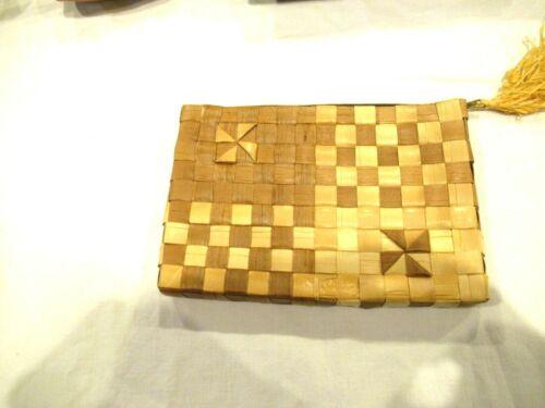 Nani Lauhala woven cosmetic bag, handmade in Hawaii