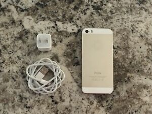 iPhone 5s Gold en très bonne condition!