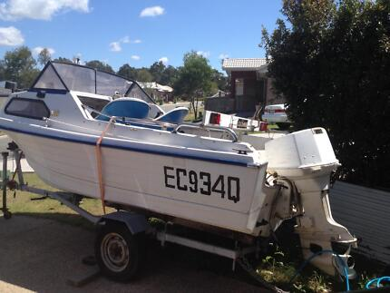 16.5 ft half cabin runabout Waterford Logan Area Preview