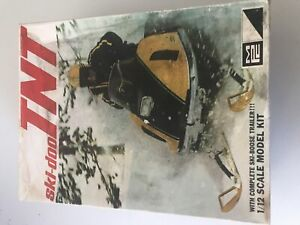Ski Doo TNT 1/12 scale model kit MPC