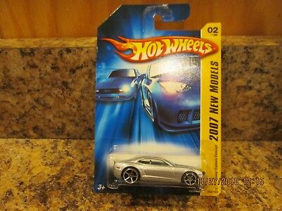 2007 HOT WHEELS NEW MODELS CHEVY CAMARO CONCEPT SILVER   002/180  (09)