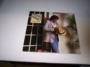 LP-RICKY-SKAGGS-WAITIN-FOR-THE-SUN-TO-SHINE-EXC-VINYL-79