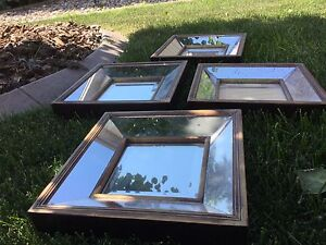Mirrored accents x 4