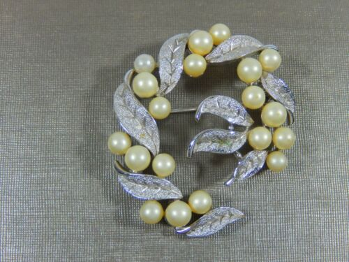 VTG SIGNED CROWN TRIFARI SILVER TONE FAUX PEARL LEAVES AND BERRIES BROOCH PIN