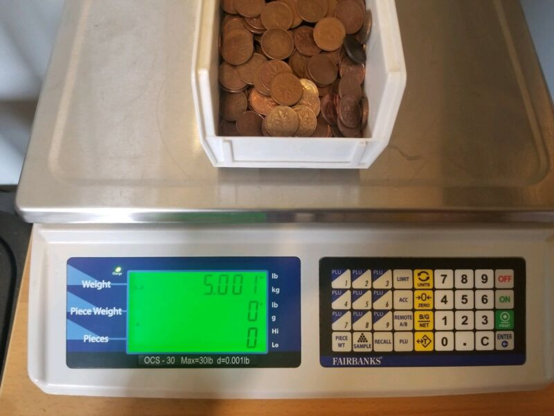 5 Pounds of Canadian Pennies. Unsearched! Small Cent. Free Shipping!