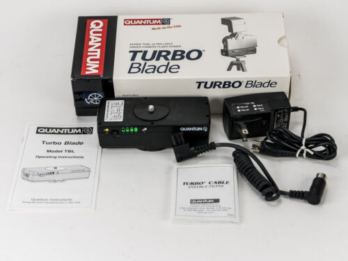 Quantum InstrumentsTurbo Blade Battery Pack +CCKE (Nikon) Power Cable