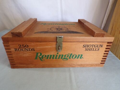 (R) Vintage Remington Country Wooden Ammo Crate Box w/ Hasp & Rope Handles
