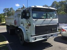 International Acco 2350E tandem tipper swap for tandem tag Beenleigh Logan Area Preview