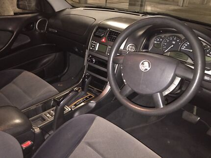 Holden commodore berlina 2002  3.6l v6.