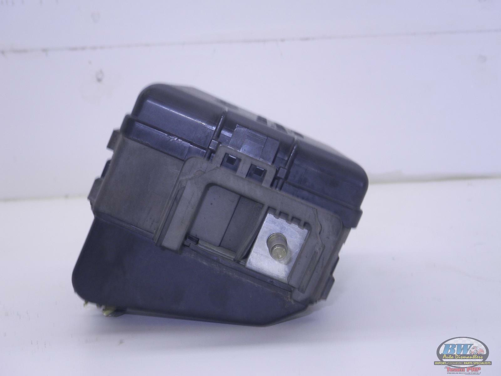 Ford Mustang Engine Fuse Box 3 8l  W  O Abs 03 04