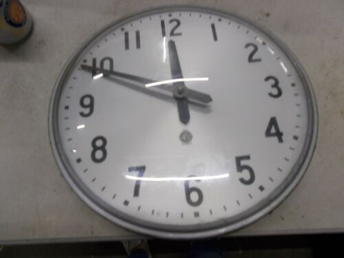 Fabulous 12in   school industrail age Electric Cafeteria Wall Clock New!