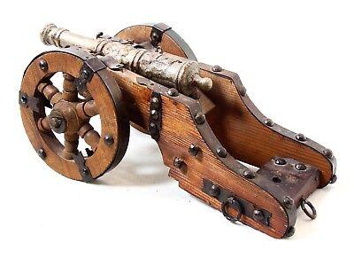 alte Kanone 31cm Geschütze auf Rädern 0,9kg Metall Kanone Holz - Dachbodenfund