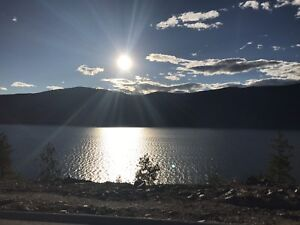 Gorgeous 2 Bedroom Lake access  Kelowna Condo for Rent