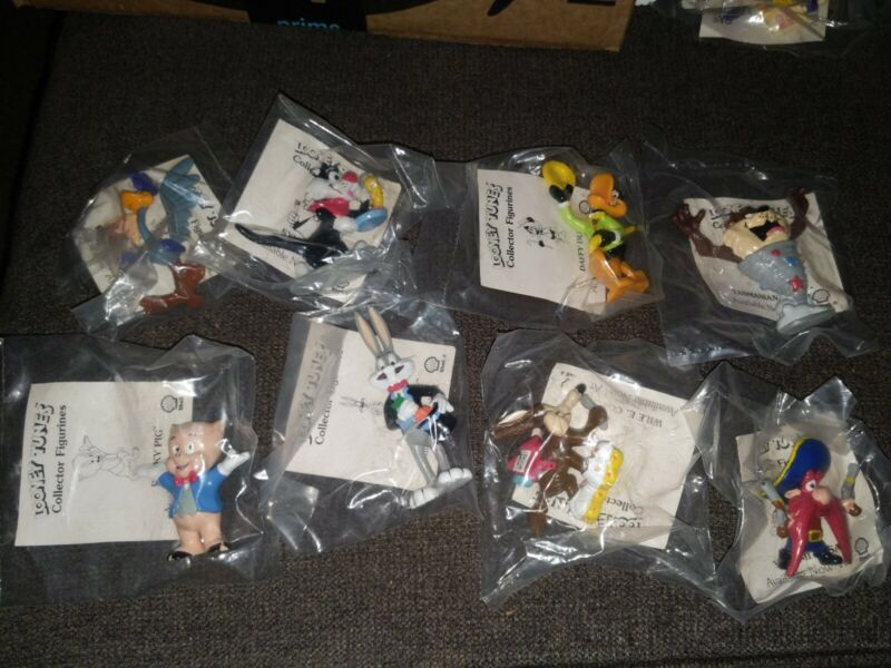 Lot Of 8 New 1990 Looney Tunes Character Figures At Shell