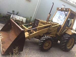 1989 Ford 555B 4X4 Backhoe