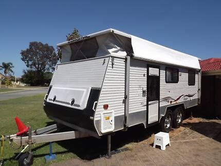 Coromal Caravan (Off road)