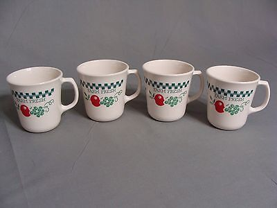 4 Corning Cups/Mugs In The Farm Fresh Apple Pattern, USA