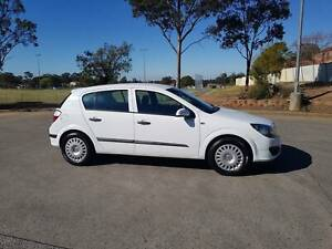 2005 holden astra cd 78,800kms