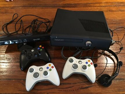 XBOX 360 full set up and games ($200 firm) Mernda Whittlesea Area Preview