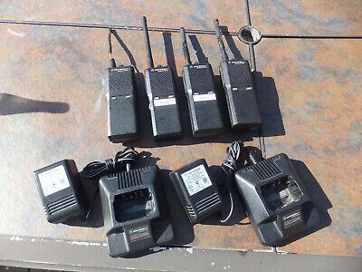 4 Motorola Radius P1225 Walkie Talkies 2-way Radios W 2 Chargers - All Power Up