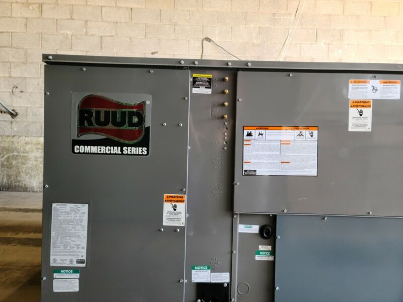 RUUD RKKL-B151CL15E 12 1/2 TON CONVERTIBLE COMMERCIAL GAS/ELEC. PACKAGED UNIT