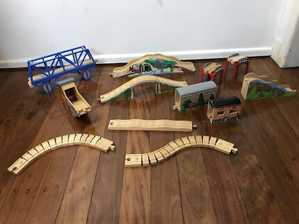 Wooden Thomas The Tank Engine & Friends Buildings / Stations / Bridges