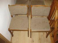 4 Stühle Polsterstühle sehr gt. Zustand Niedersachsen - Söhlde Vorschau