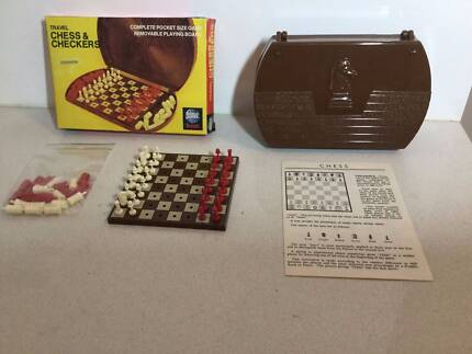 1975 Travel Chess & Checkers Complete World Games Vintage