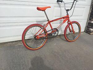 1984 Kuwahara Apollo bmx complete clean