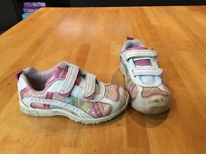 Girls Stride Rite sneakers size 9.5