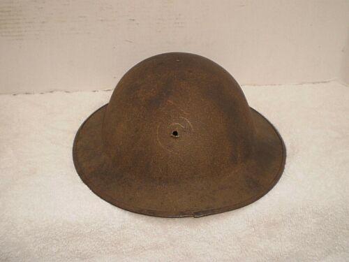 Original U.S. WW1 M17 helmet, ZG56, Hole for USMC badge