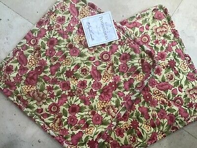 APRIL CORNELL POT HOLDERS YELLOW PINK GREEN FLOWERS  (2) NWT April Cornell Pot Holders