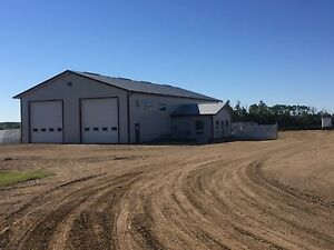 5400 sq/ft shop for Rent near Camrose