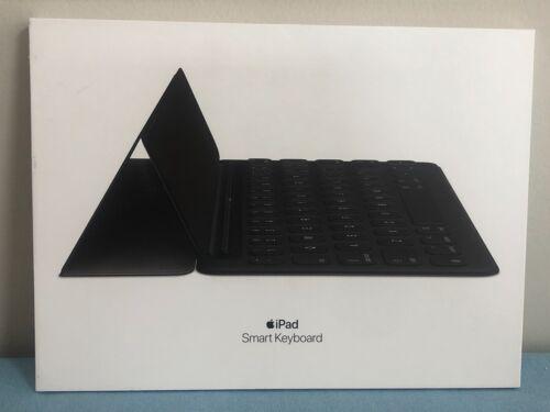Apple Smart Keyboard for iPad 7th Gen and iPad Air 3rd Gen MX3L2LL/A OPEN BOX