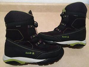 Boys Kamik Waterproof Winter Boots Size 7
