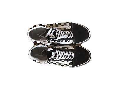 Vans Size Uk7 Black/White With Suede Upper