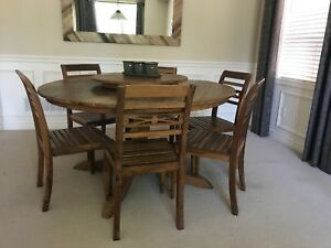 Rustic Solid Peroba Wood Round Table w/ chairs