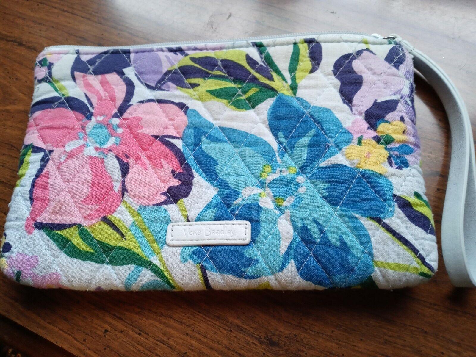 Vera Bradley MARIAN FLORAL Medium Cosmetic Bag/Case Near Mint - $5.00