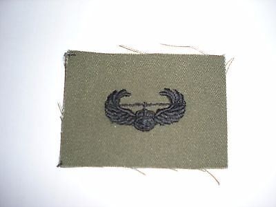 US ARMY EMBROIDERED AIR ASSAULT BADGE INSIGNIA - BDU