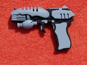Star Trek: Enterprise EM33 Pistol 1:1 3D Model Kit Prop Replica