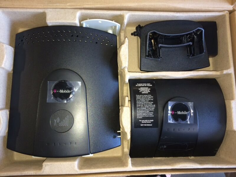 GREAT CONDITION - Cel-Fi Nextivity RS1 -T-Mobile Cell Phone Signal Booster 3G