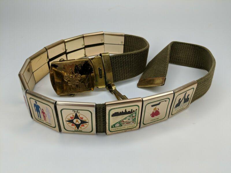 Vintage Cub & Boy Scouts Belt Buckle & 12 Different Belt Achievements (1970s)