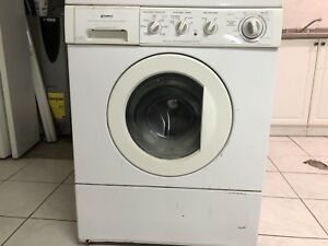 Washer and dryer - working