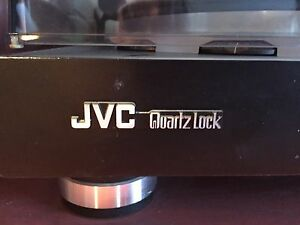 JVC Quartz Lock Turntable - a classic piece!!