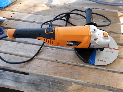 Triton 230mm angle grinder as new