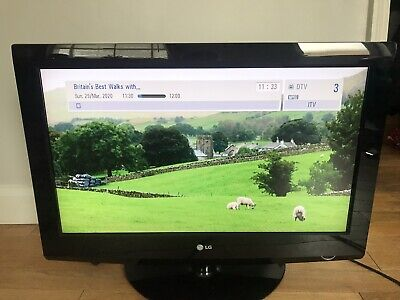 32inch LG TV on Stand