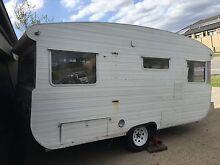 Vintage 1970s Travel Home Caravan part Reno Berwick Casey Area Preview