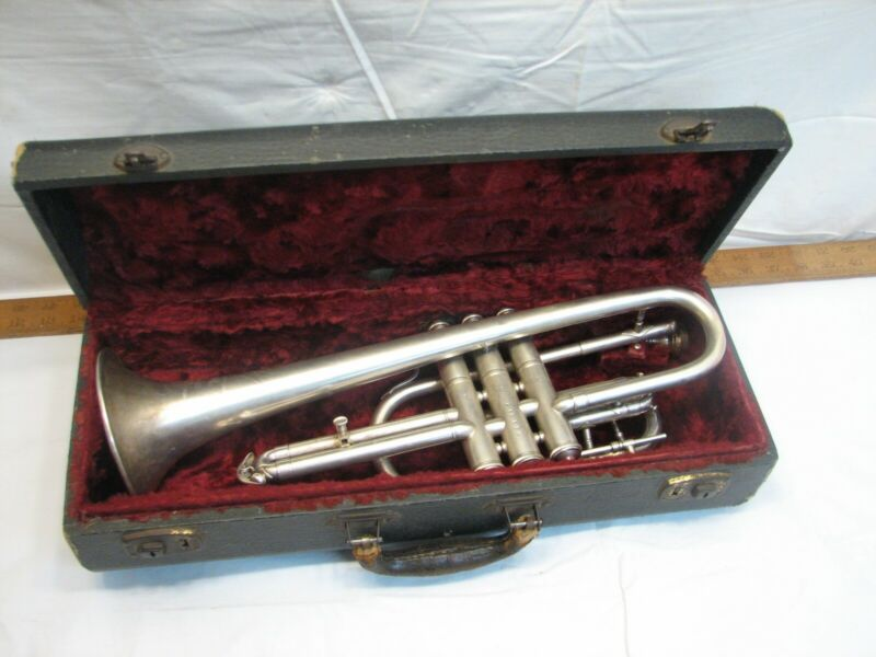 Blessing Elkhart National Silver Finish Cornet Trumpet Musical Instrument Case